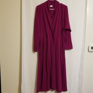 Vintage   Magenta Robe